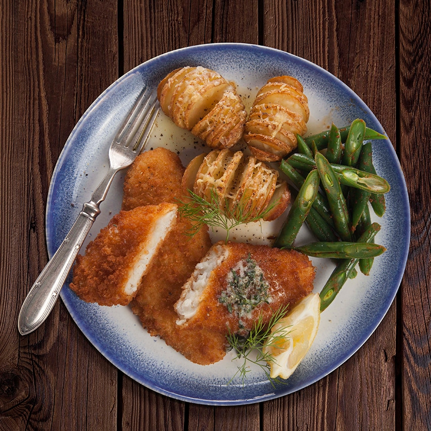 Lemon-Fish-With-Herb-Butter-Sauce-Roasted-Baby-Hasselback-Potatoes-Harissa-Green-Beans